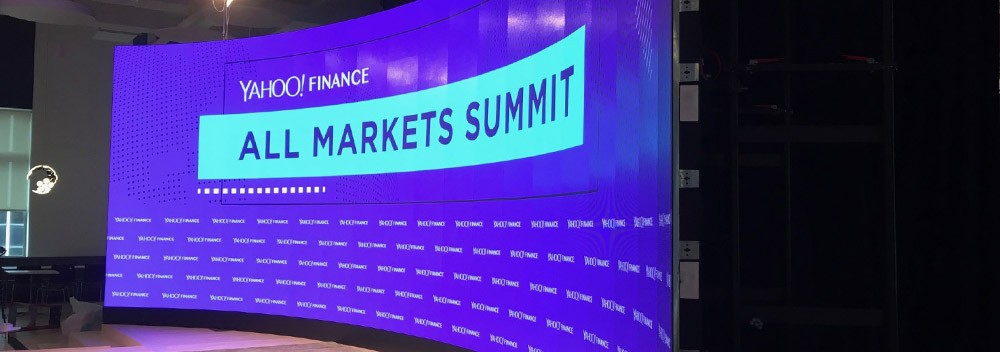 CURVED LED SCREENS AND LED PANELS FOR YAHOO SUMMIT 2018 IN NYC