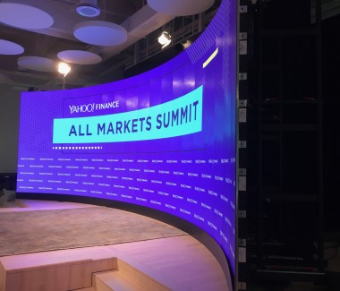 Yahoo curved small pitch LED video wall
