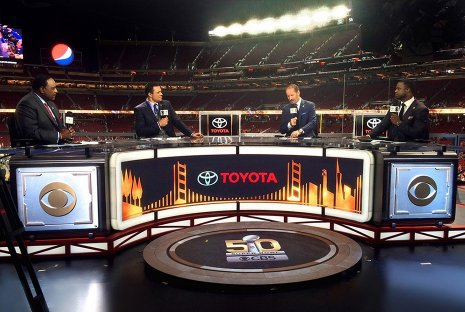 Custom made curved LED screen for CBS anchor desk at Super Bowl 50